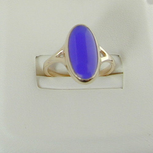 Uig Ring 9ct Blue Agate