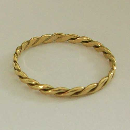 Storr 18ct Yellow Gold