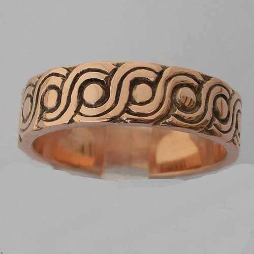 Hebridean Ring 9ct Red