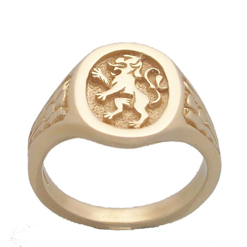 The Lion Rampant 9ct
