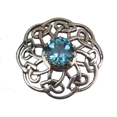 Carinish Stoneset Brooch