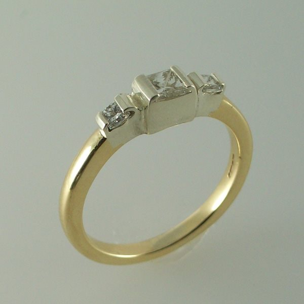 Cruachan Diamond Ring