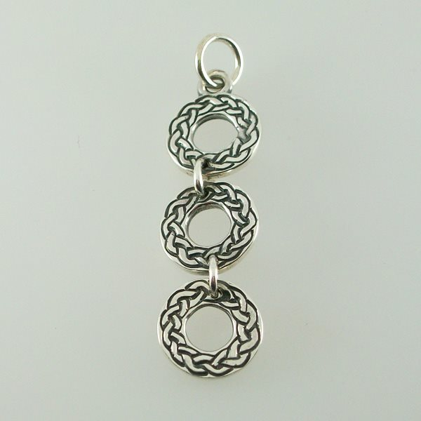 Tri Celtic Circle Pendant