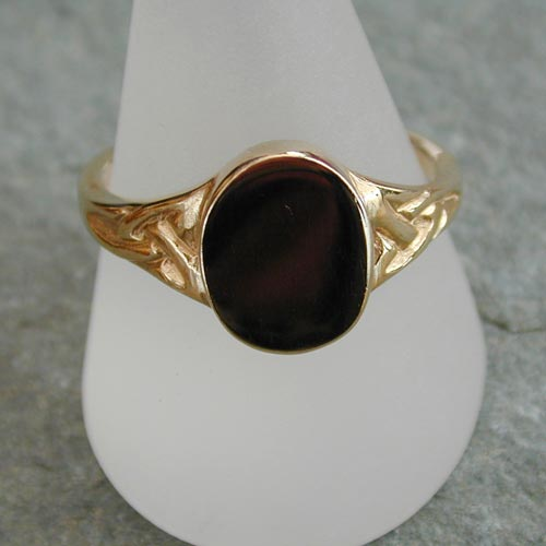 Ring134 9ct Gold