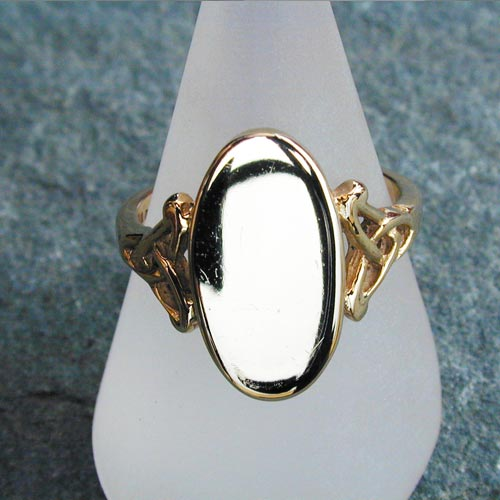 Ring149 9ct Gold