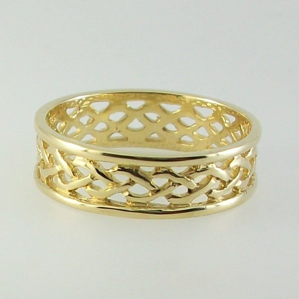 Staffa Ring 9ct Gold