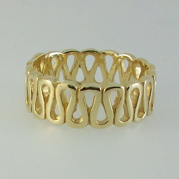 Columba Ring 9ct Gold