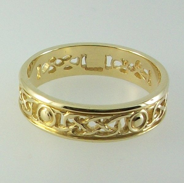 Iona Ring open 9ct Gold