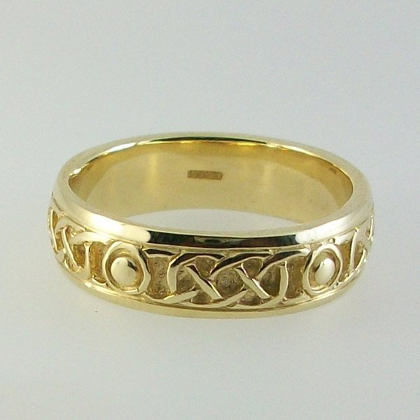 Iona Ring solid 9ct Gold